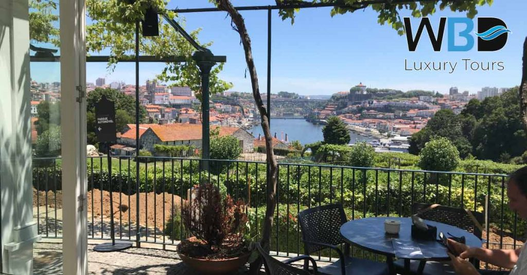 We would provide you excellent moments in your visit to Porto.